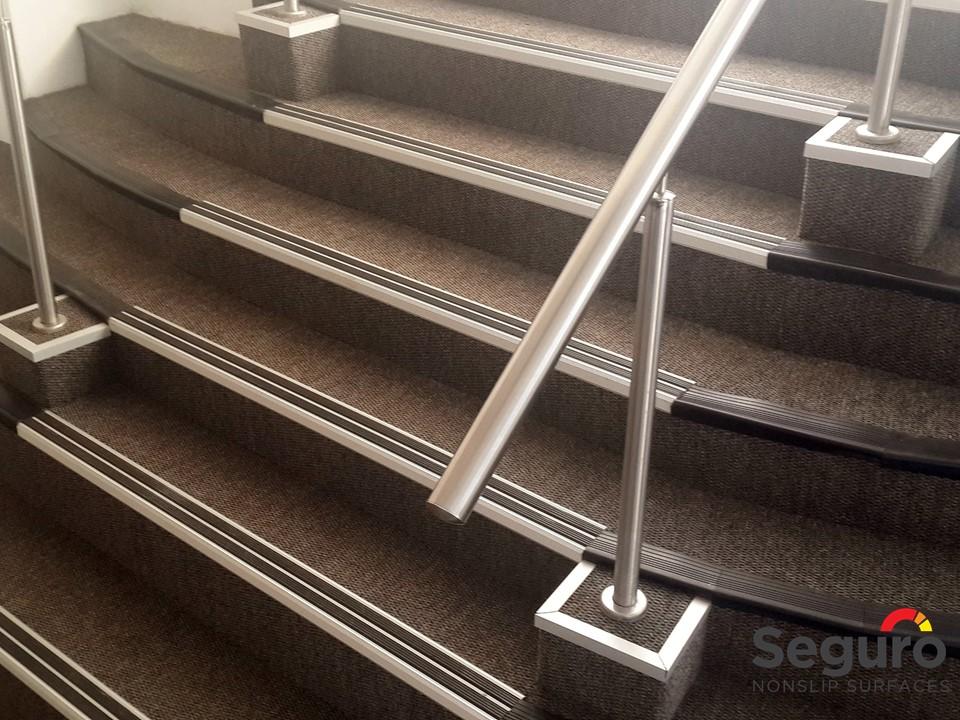 Aluminium Stairnosing